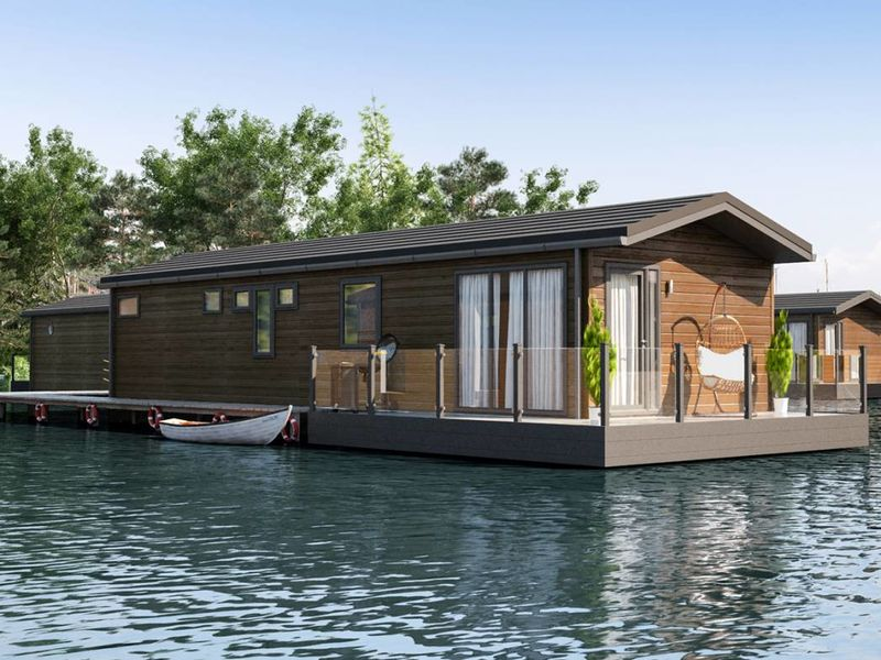 Prestige Sawley Floating Home