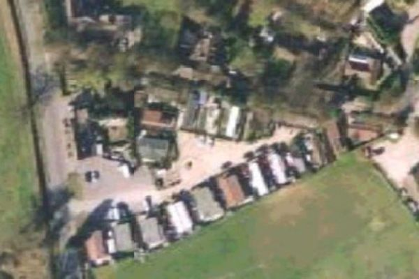 Picture of Fairfields Mobile Homes Park, Berkshire