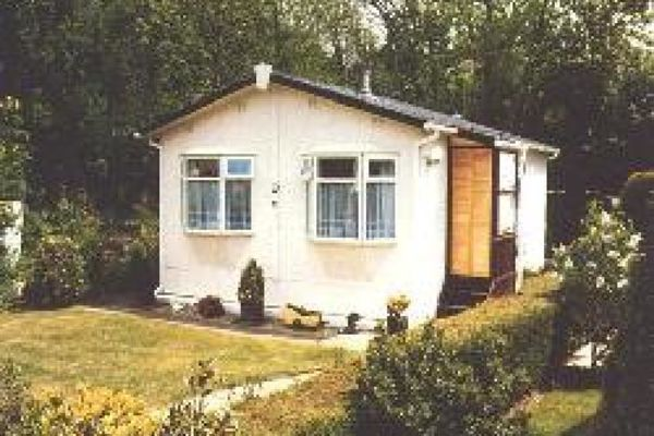 Picture of The Oaks Mobile Home Park, Surrey